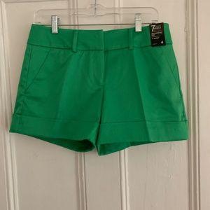 NY&C Green shorts NWT